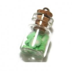 1 pendentif fiole coeur vert