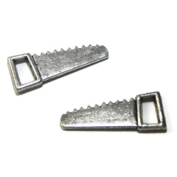 breloque scie métal argenté
