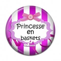 Cabochon Résine - princesse en baskets