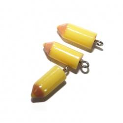 1 breloque crayon jaune