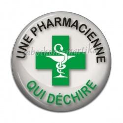 Cabochon Résine - une pharmacienne qui déchire